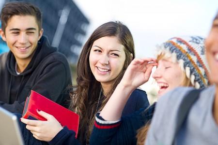 Mặc trang phục gì khi học tập tại Vương Quốc Anh?